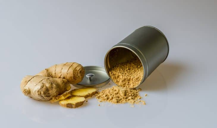whole ginger and powder
