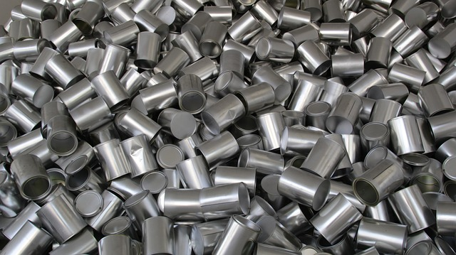 bunch of aluminum cans